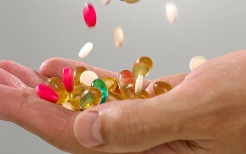 thuoc bo 2ca5d Lạm dụng thuốc bổ, lợi bất cập hại